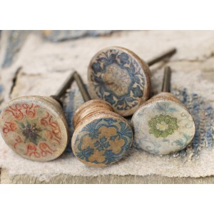 Narok Wood Knobs 1